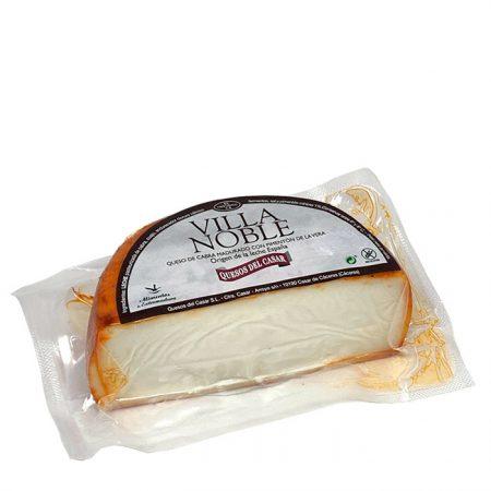 queso-de-cabra-madurado-con-pimenton-villanoble